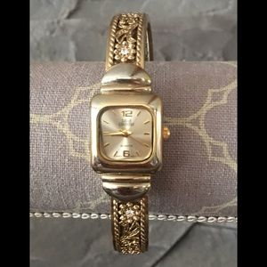 Sarah Coventry VINTAGE watch